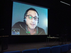 Video Konferencija su Jalal Toufic.