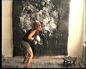 Jurga Barilaitė. Būtinoji gintis. 2001, Video, 18 min.