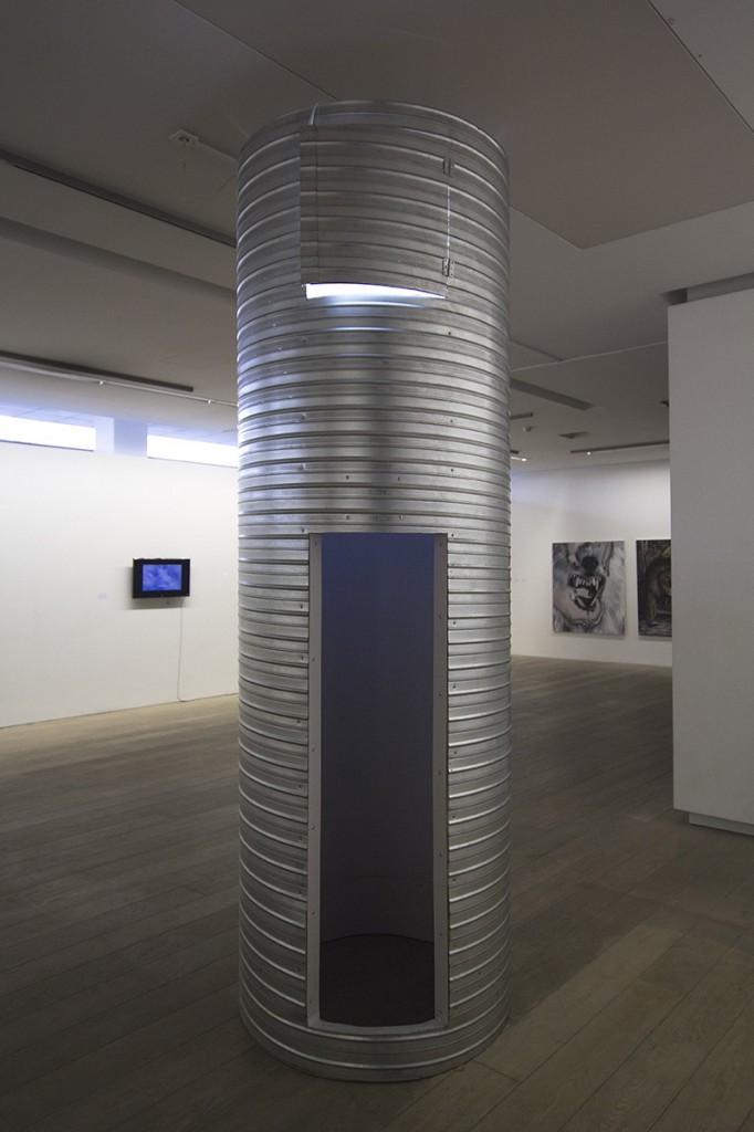 17-Juodosios-rozes-Artnewslt-2015