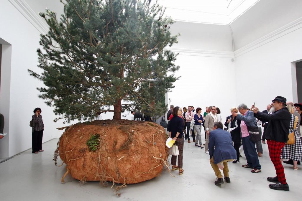43-Artnewslt-Pavilion-Venice-Biennale