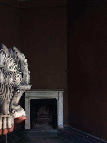 viršelio foto - Andriaus Ermino instaliacijos fragmentas