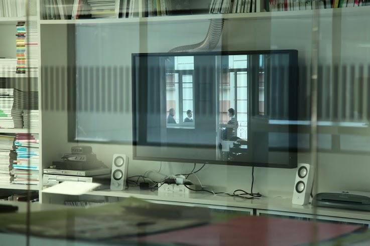 Substitution, video, 2015, NDG Dailės informacijos centras